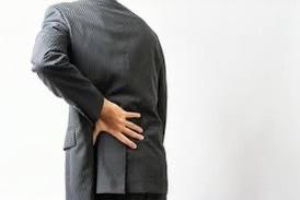長年腰痛とむくみの因果関係